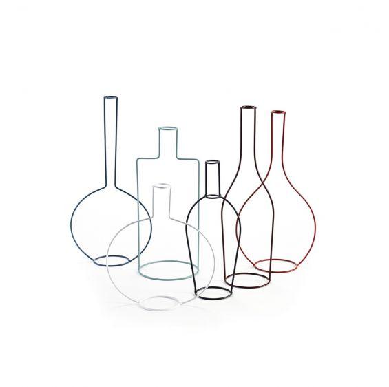 Bottiglie design Antonino Sciortino sculture in filo di ferro Serax