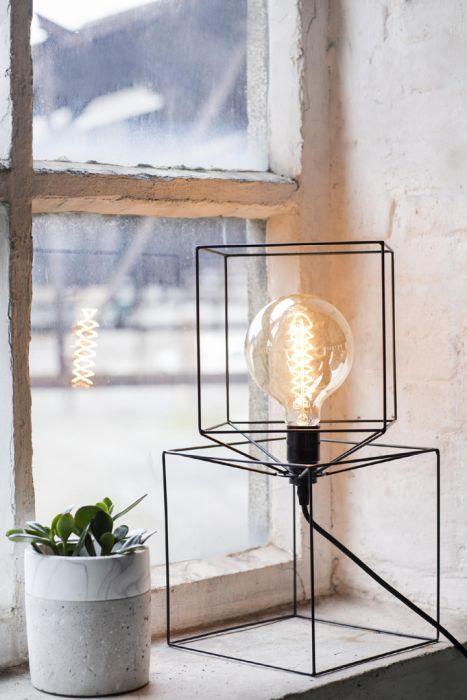 TROMPE L' OEIL BLACK: Lampada in ferro Serax design