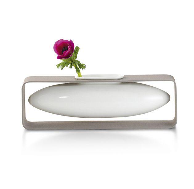 Vaso Float | vaso di design in porcellana su struttura in acciaio
