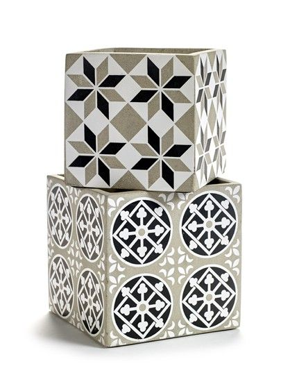Cachepot Marie Tile: vasi in cemento da esterno o da interno Serax