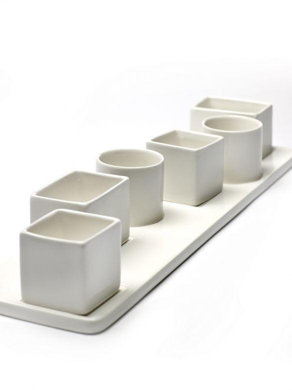 Vassoio con 6 ciotoline finger food: piatti per aperitivi in ceramica Serax